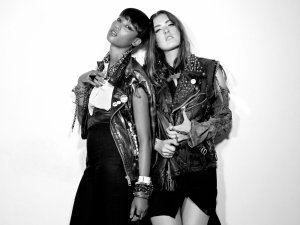 Icona_Pop_New_Main_-_Pub_1_-_Photo_by_Fredrik_Etoall